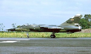 Avión Caza Interceptor Mirage F.1 de la FAE