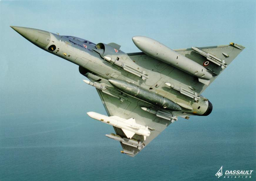 avi�n cazabombardero interceptor MIRAGE 2000