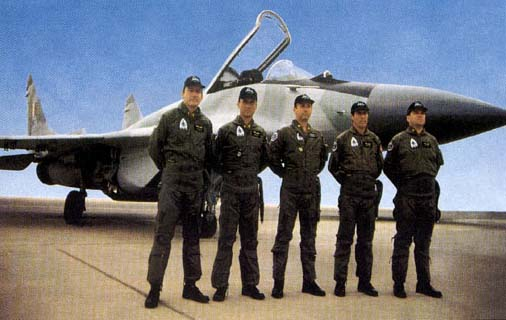 Pilotos peruanos de Mig 29. Foto: Revista Defensa