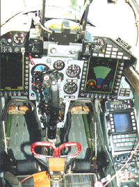 Foto número 3.Cockpit Mig-29 SMT peruano