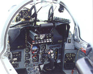 Foto: Cockpit de Mig-29SM FAP.