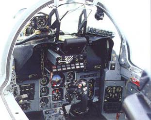 Foto: Cockpit de Mig-29SM FAP.