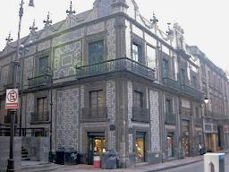Ruta 4 calle madero for Casa de los azulejos puebla