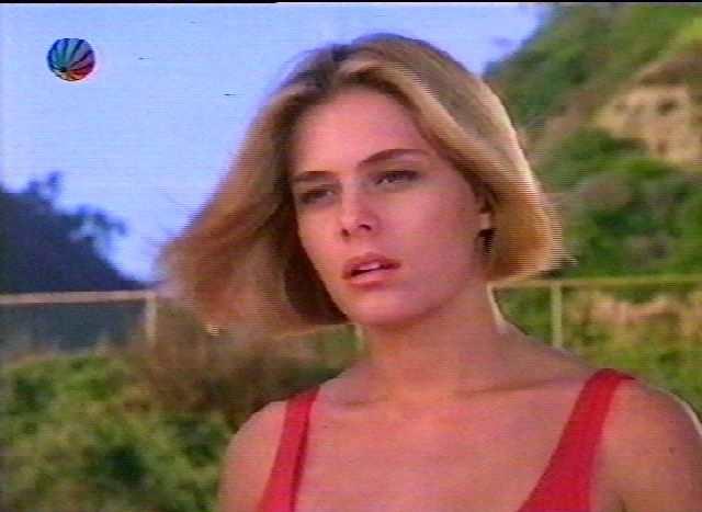 Nicole Eggert Young Re...