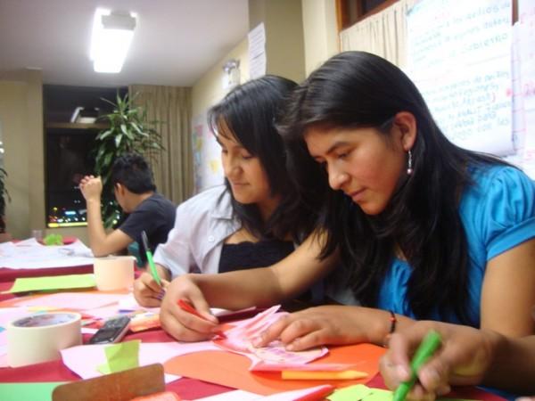 La educacion en Peru debe ser gratuita desde inicial hasta la universidad, Comentarios realidad peruana, Jorge Paredes Romero, Lima, Mollendo, Peru